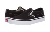 Vans Kids Classic Slip-On (Little Kid/Big Kid) Black/True White