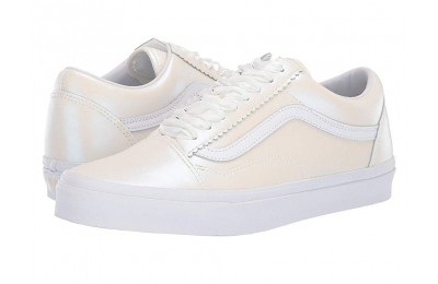 Vans Old Skool™ (Pearl Suede) Classic White/True White Black Friday Sale