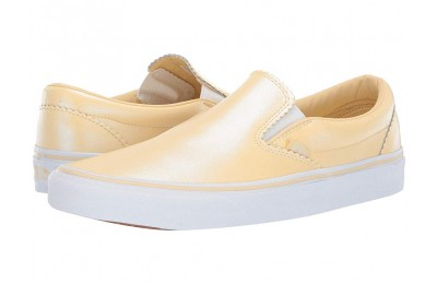 [ Black Friday 2019 ] Vans Classic Slip-On™ (Pearl Suede) Gold/True White