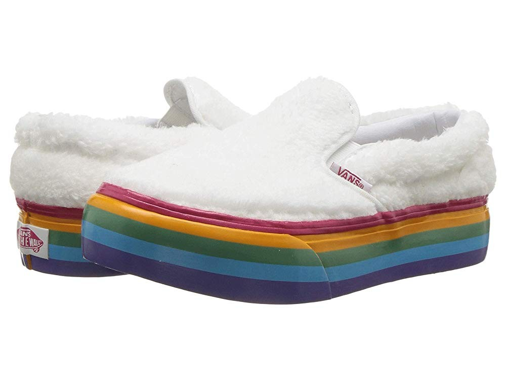 [ Hot Deals ] Vans Kids Classic Slip-On Platform (Little Kid/Big Kid) (Shearling Rainbow) True White